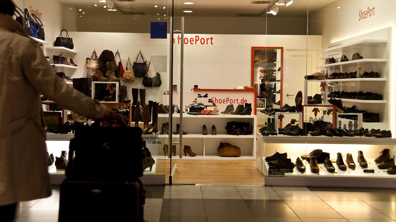 ShoePort_Eröffnung_17 Held Interior Design | Schreinerei Freising